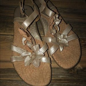 B.O.C. Born gold flower sandals shoes 10 42